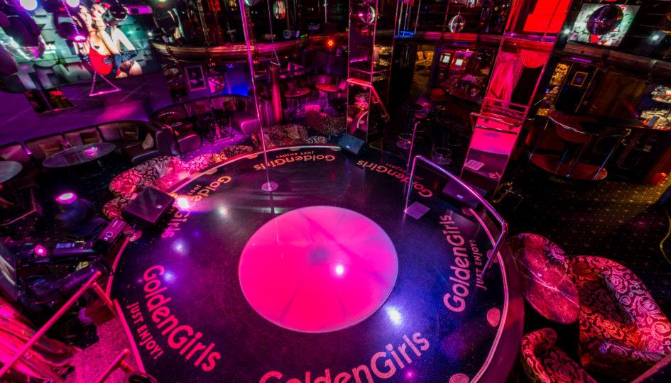Голден клуб москва я построил ночной клуб